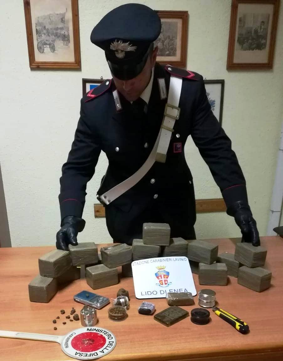 hashish_aprilia_arresti_carabinieri_lavinio_10_10_18_1-2