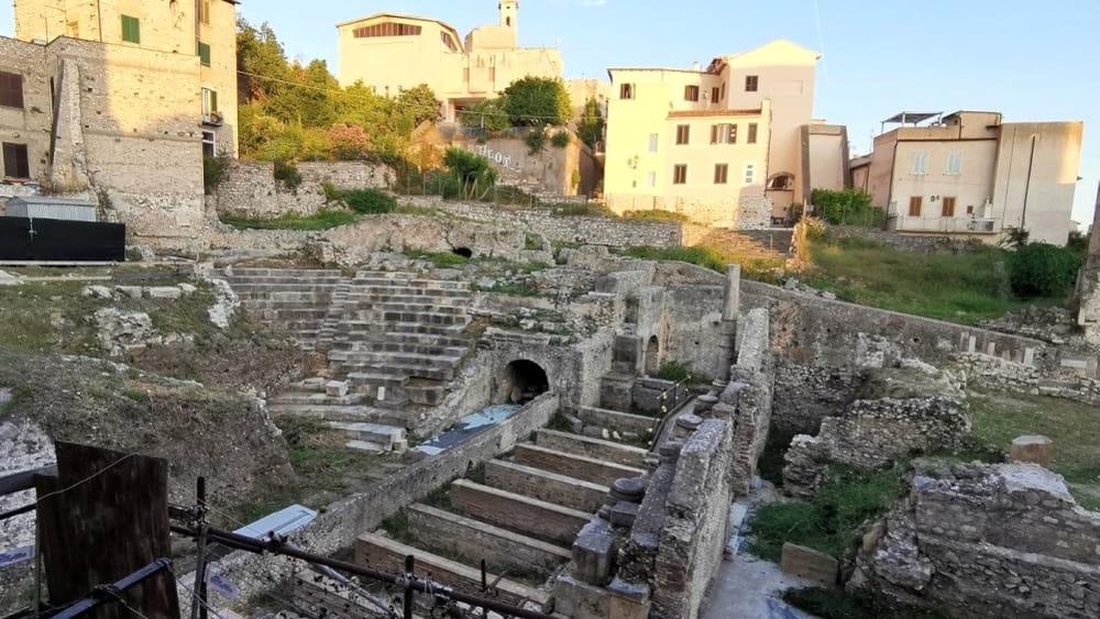Terracina (LT), Teatro Romano-2