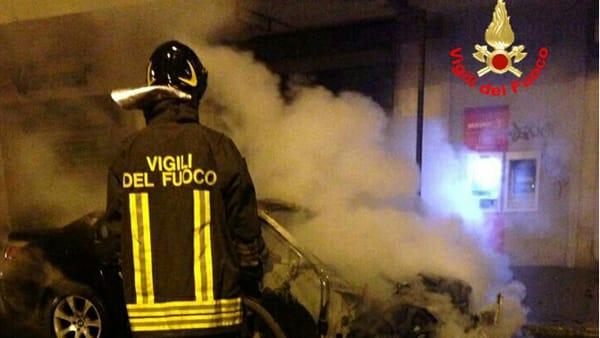incendio_auto_via_priverno_latina_17_07_17_1-2