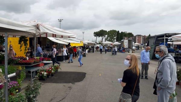 mercato_martedi_riapertura_1-2