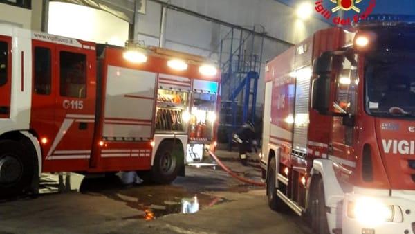 incendio rifiuti cisterna 2-2-2