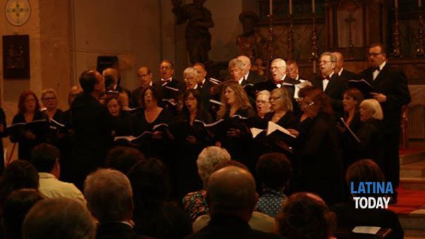 associazione polifonica pontina in concerto per l'epifania -2