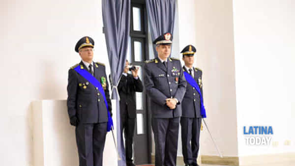 guardia_finanza_campbio_comandnate_bosco_1-2
