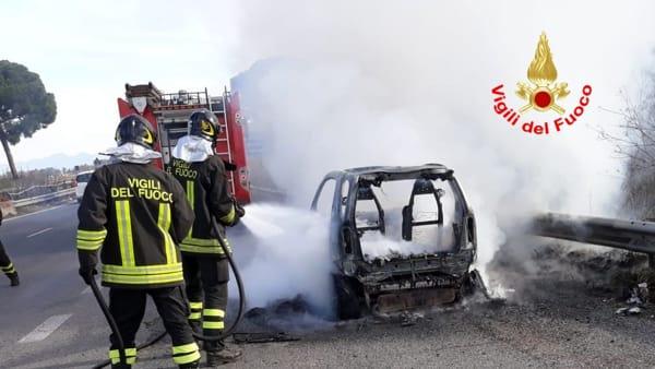 incendio_auto_pontina_25_01_19_1-2