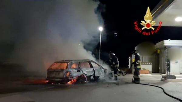 incendio_auto_priverno_14_08_19_2-2