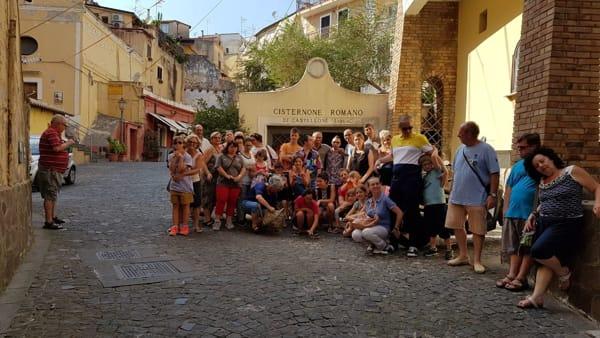 ragazzi_down_visita_cisternone_formia_1