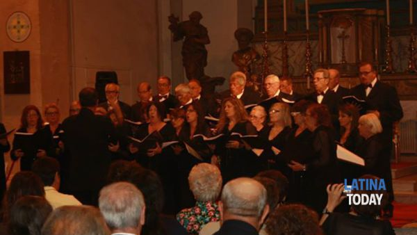 associazione polifonica pontina in concerto per l'epifania -4