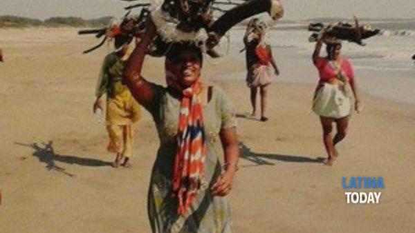 sabato 20 giugno 2015, ore 18:00 – palazzetto luciani, cori l'india ha un sorriso di donna inaugurazione della mostra fotografica di candida bonato-8