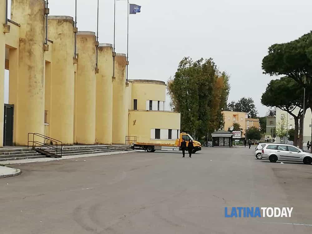 Latina-Avellino, sale la tensione per la partita. Servizio d'ordine  schierato, strade chiuse