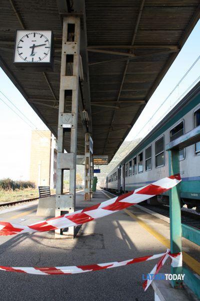 Il tratto di stazione chiuso dalle forze dell'ordine